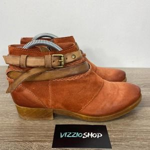 Miz Mooz - Danita Suede Boots - Women's 7.5/8
